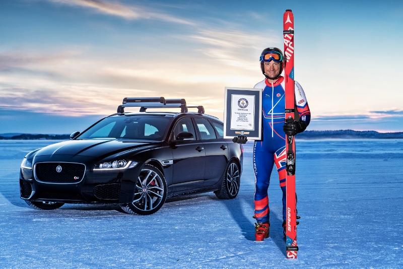 O recorde foi registrado a uma temperatura de -28ºC, no centro de testes da Jaguar, localizado no Círculo Polar Ártico Foto: Divulgação
