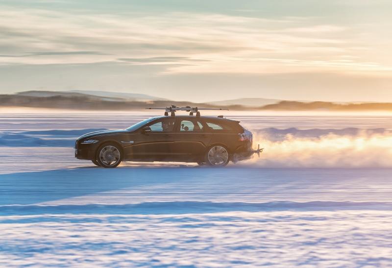 O novo XF Sportbrake é um veículo para atividades de reboque, ao oferecer excelente estabilidade e desempenho Foto: Divulgação