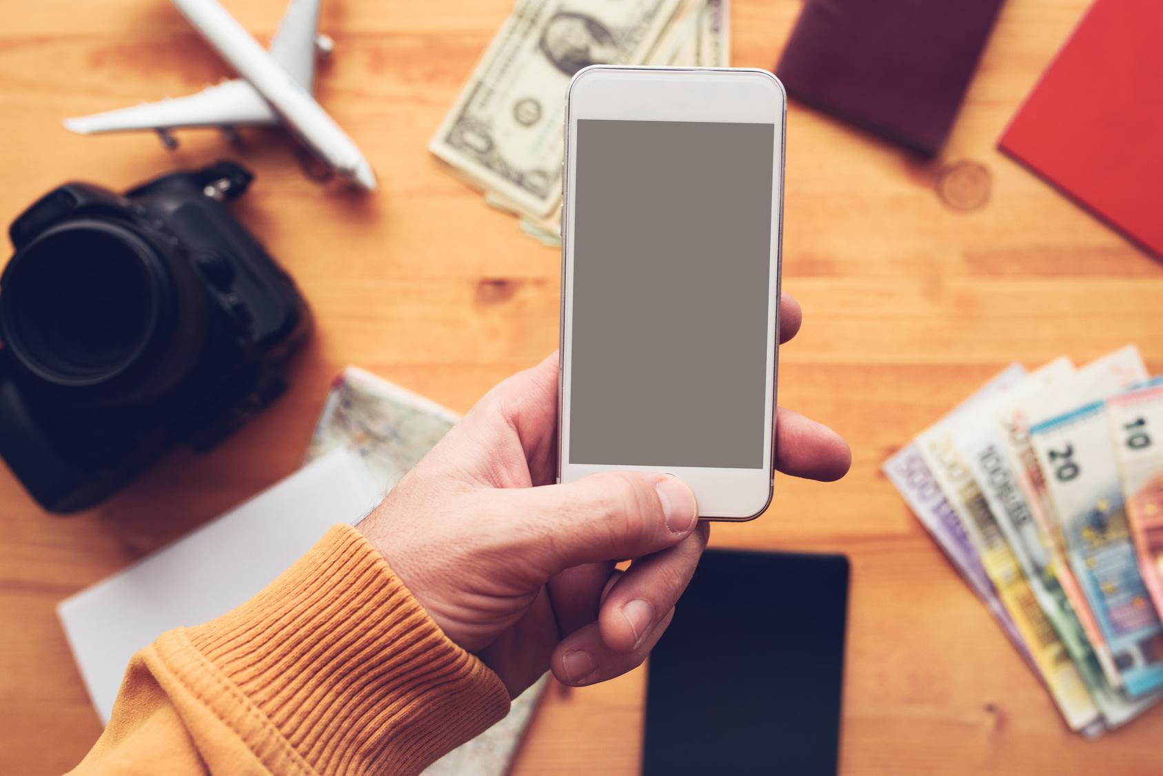 Preços de passagens, hospedagem, lugares para visitar... apps oferecem diversas ferramentas para facilitar a vida/ Foto: Fotolia