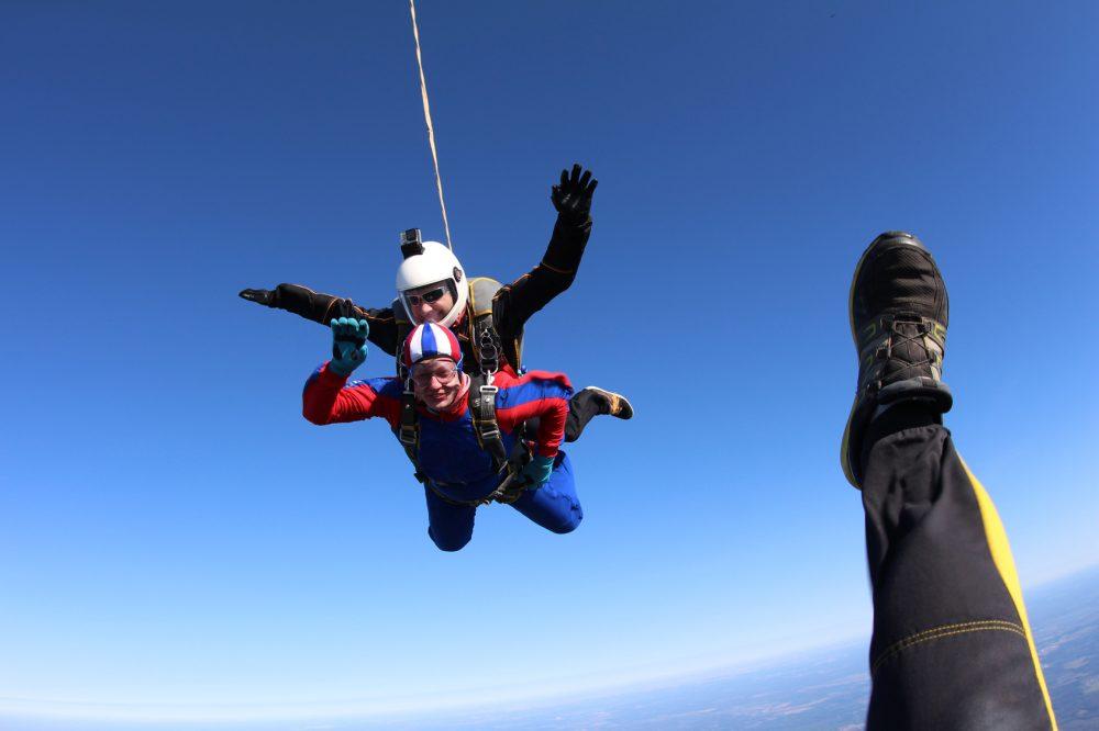 Já pensou em escolher como profissão o paraquedismo? Essa é a realidade de muitos atletas Foto: Sky Antonio/Fotolia