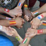Ter boas experiências ao visitar outros países é importante ter boas relações com os locais                                                                                                                                                                                                                      | Foto: what4ever/Fotolia