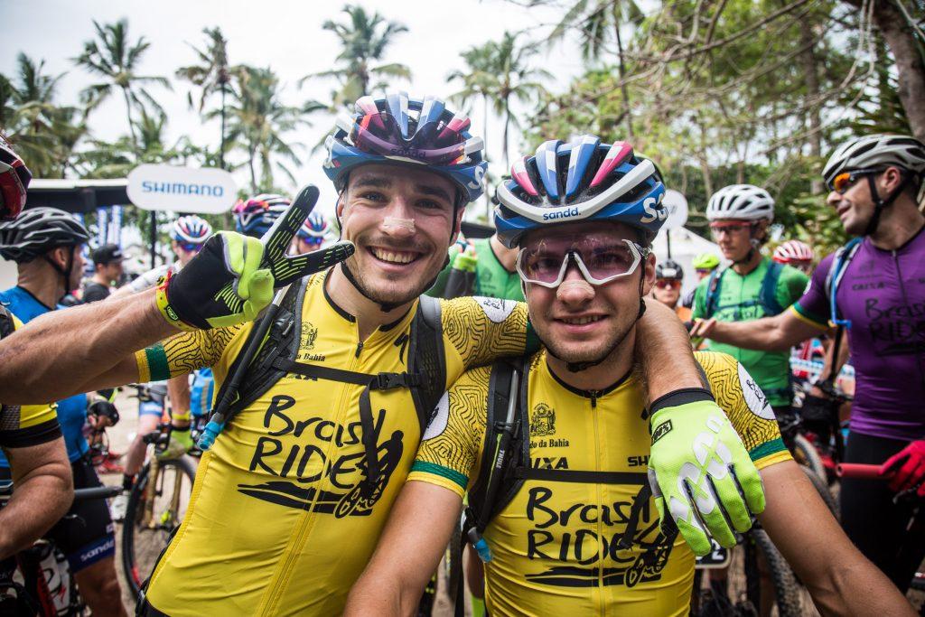 Fini e Blums, os líderes antes da largada da segunda etapa. | Foto: Fabio Piva / Brasil Ride