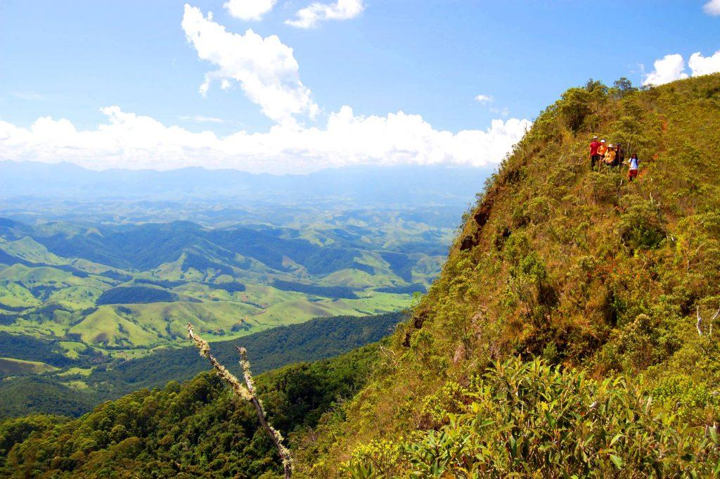 A trilha do Penhasco é local para aventureiros Foto: Divulgação