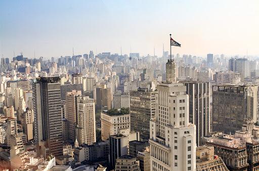 Edifícios comerciais viram atrações turísticas em São Paulo