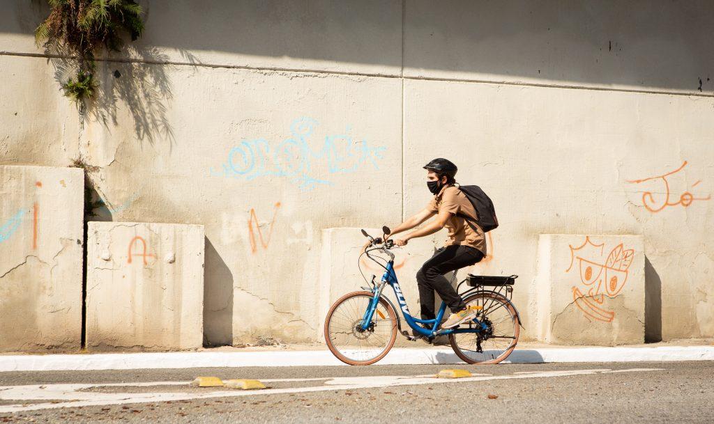 Especialistas dão dicas de como pedalar de modo seguro em São Paulo
